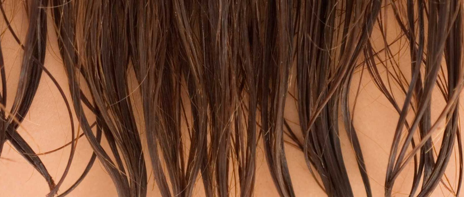 feniranje kose naopacke za volumen kose